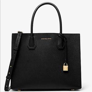 Michael Kors Mercer large tote purse